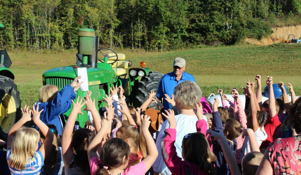 Lee County students attended Extension Field Day.