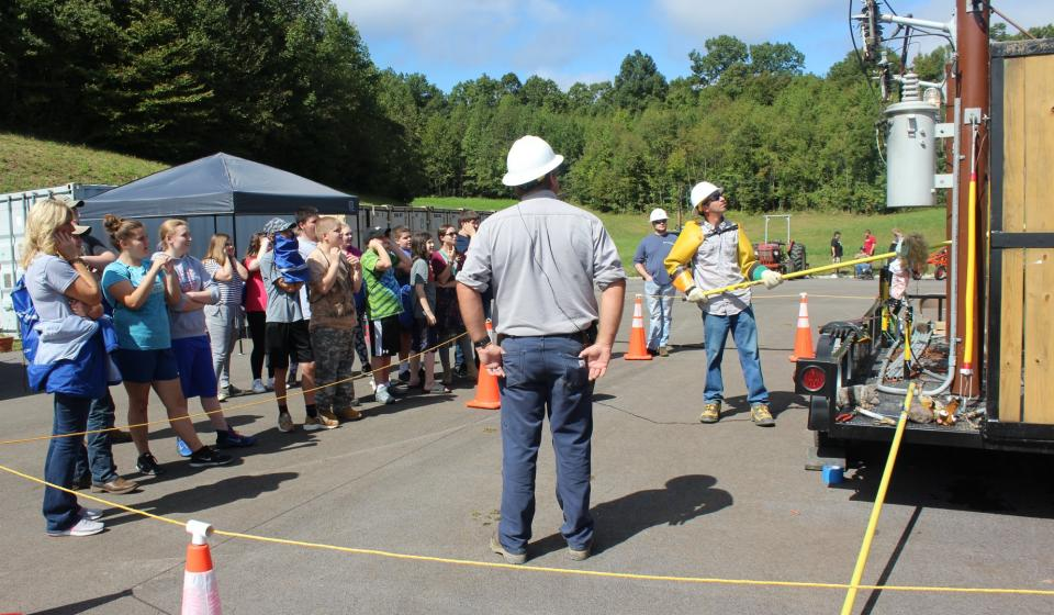 Jackson Energy presentation at Field Day.